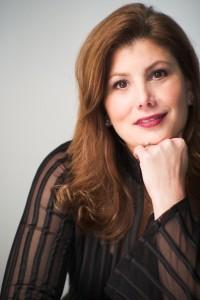 Laura Heimes bio headshot
